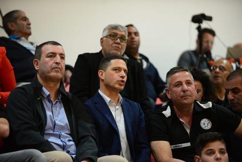 רוביק דנילוביץ' עם מאיר אלפסי ורוני טסלר.