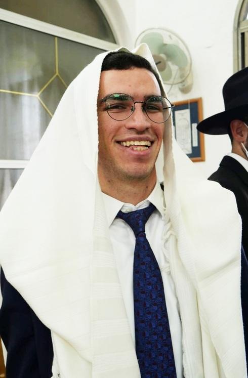 """ישראל אנקווה ז""""ל. תמיד שמח לעזור"""