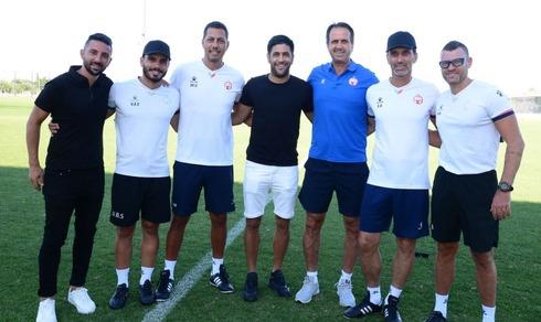 הצוות המקצועי החדש בתמונה ראשונה