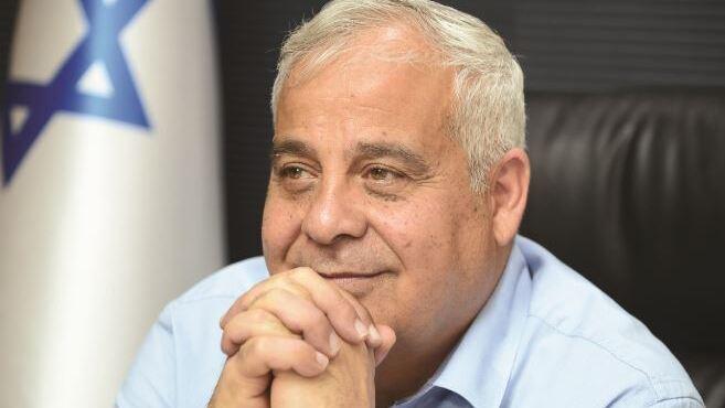 """ראש עיריית דימונה, בני ביטון: """"אני מצפה מתנ""""צ נגלר להשקיע את מלוא מרצו, כוחו וזמנו לטובת שיקום מערכת היחסים בין היהודים לאחינו הבדואים"""""""