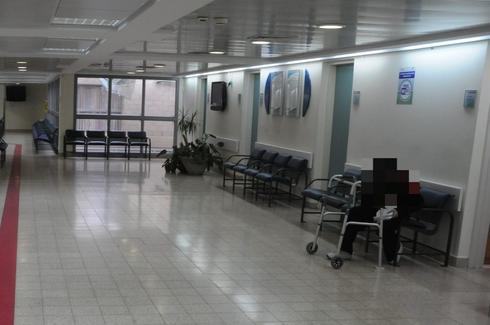 מסדרון בית חולים סורוקה. צילום: הרצל יוסף