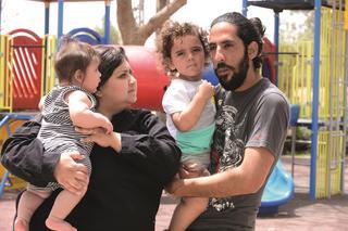 אימרי חי ומשפחתו. צילום: הרצל יוסף