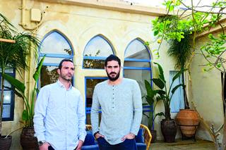 אביב קופל ולירז ברנד ב'אחוזת אנילביץ''. יש להם תוכניות נוספות | צילום: הרצל יוסף