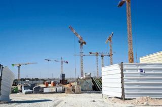 אתר בנייה בבאר־שבע. עלייה בכמות המבוקשת של דירות חדשות | צילום: הרצל יוסף