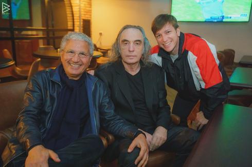 ליבי רן (מימין), צביקה פיק ומשה אדרי. נהנו מכל רגע. צילום: בן גבאי