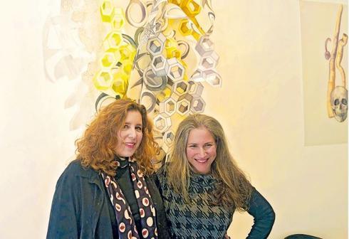 """ד""""ר איילת מקיטון ואילת כרמי  צילום: עדן ביסנו"""